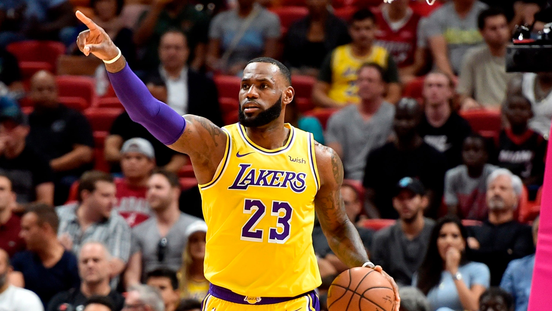 Le Bton Lakers xvii