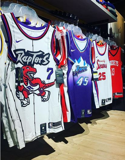 Basket Connection Retro Collection